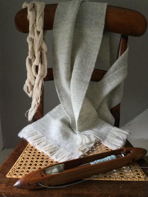 Ripple scarf woven in Shetland lambswool