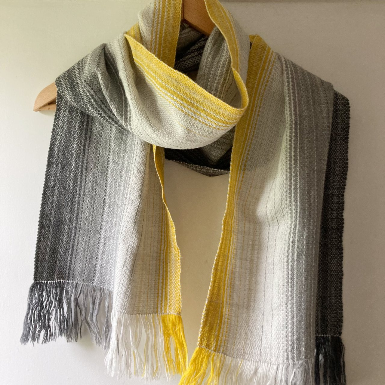 Peak Collection Scarf in yellow and grey